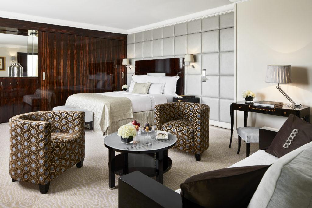 , Hotel Plaza Athenee, AMERICAN ACADEMY OF HOSPITALITY SCIENCES